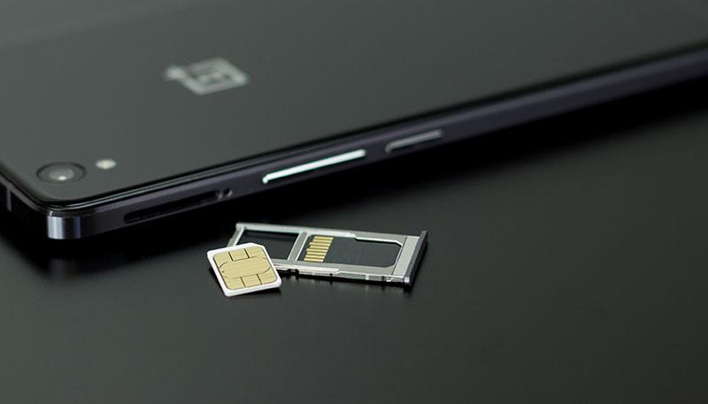 SIM kártya tű nélkül nehéz az élet